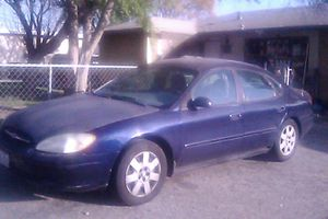 2001 Ford Taurus Lx for Sale in Fontana, CA