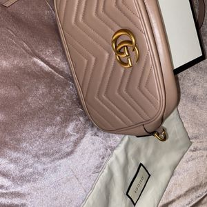 Gucci Cross Bag for Sale in Anaheim, CA