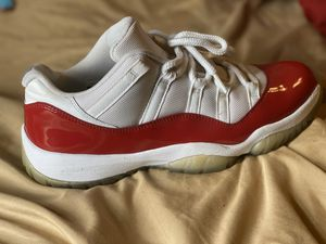 Jordan 11 cherry red low for Sale in Pittsburgh, PA