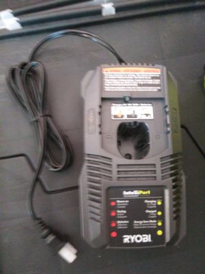 18 v. Charger ryobi for Sale in Midlothian, IL