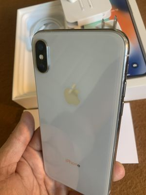 iPhone X silver 256gb for AT&T or cricket for Sale in Rosemead, CA