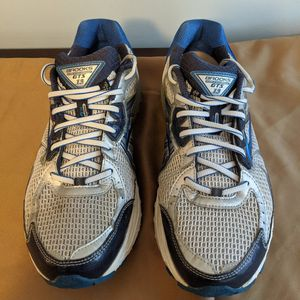 Brooks Adrenaline GTS 13 Running Shoes - Size 12W for Sale in Smyrna, GA