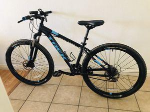 2017 Trek Marlin 5 Mountain Bike (Great Condition) for Sale in El Cajon, CA
