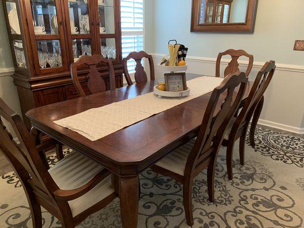 7 Piece Dining Room Set