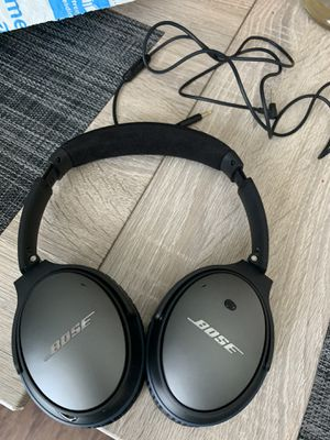 Bose noise cancellation head phones like new for Sale in Irving, TX