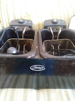 Ginnys Double Fryer for Sale in Lansing, MI