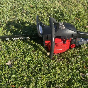 Craftsman 18inch Chain Saw / Chainsaw for Sale in Fort Lauderdale, FL