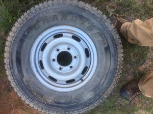 Tires and dog kennel for Sale in Noble, OK