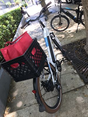 Electric Bicycle ( used for 2 weeks ) for Sale in Miami, FL
