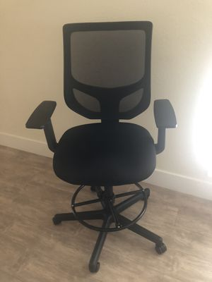 Smugdesk Tall desk/drafting chair for Sale in San Carlos, CA