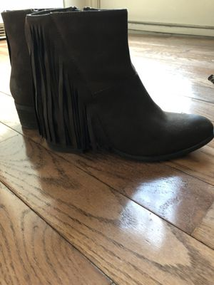 Steve Madden Brown Leather Fringed Boots Size 8 1/2 M for Sale in Pittsburgh, PA