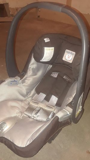 Prego accident safe car seat for Sale in Fruitvale, TX