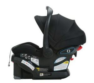 CarSeat Graco SnugRide SnugLock35 LX Infant Car Seat featuring TrueShield Technology for Sale in Valrico, FL