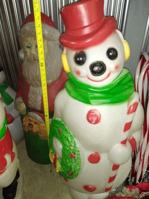46' snowmna blow mold for Sale in Oak Lawn, IL