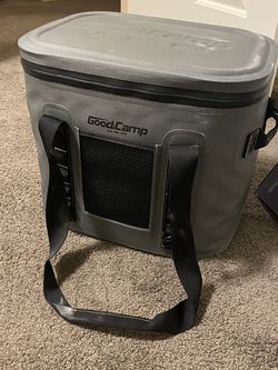Insulated Camping Cooler for Sale in Seattle,  WA