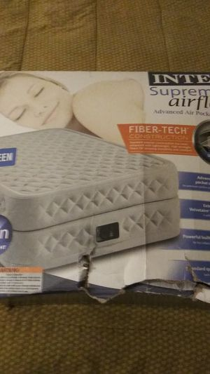 Intex supreme air flow air mattress for Sale in West Palm Beach, FL