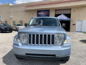 Jeep Liberty 2012 título limpio for Sale in Doral, FL
