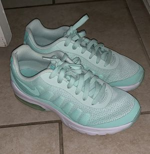 582b63d5d5e Women s or kids Nike air max size 4.5 youth for Sale in Victorville