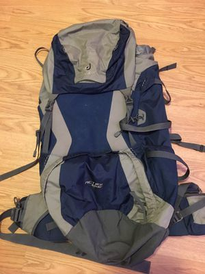 Deuter large backpack for Sale in Chuluota, FL