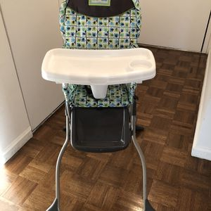 Cosco Baby Simple Fold High Chair 3 Position Tray Elephants Great Cond for Sale in Brooklyn, NY