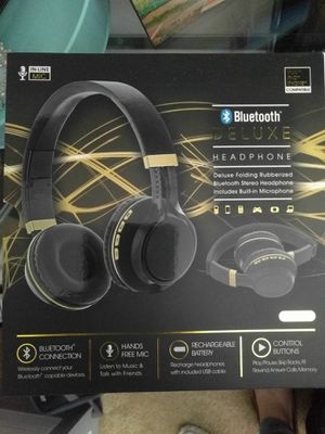 Headphones Bluetooth. Never used for Sale in St. Louis, MO