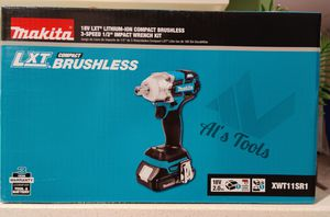 Makita 18-volt lithium-ion cordless brushless 3-speed 1/2 inch impact wrench kit for Sale in Paramount, CA
