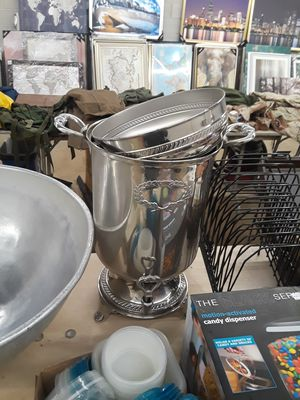Restaurant equip. Coffee warmer bowl , shake mixer for Sale in Lombard, IL
