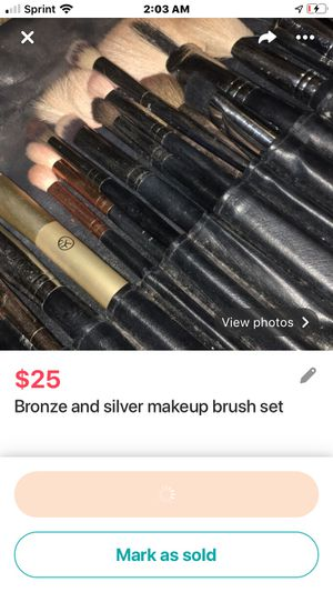 Makeup brush set for Sale in Seattle, WA
