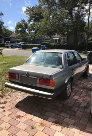 1987 325i bmw e30 5speed runs and drives just need. Carrier bearing for Sale in St. Petersburg, FL