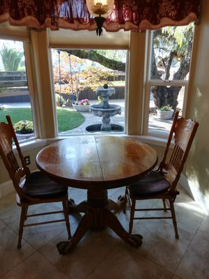 Kitchen table and four chairs for Sale in Fremont, CA