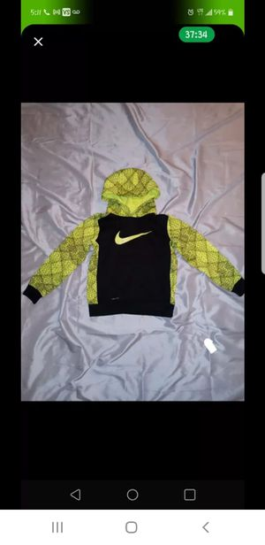 Boys NIKE hoodie size 6 for Sale in Waterford, PA