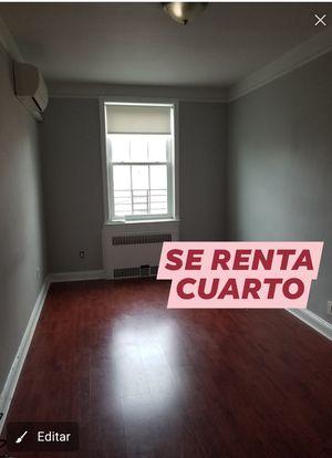 Se renta cuarto para una persona SERIA for Sale in Brooklyn, NY