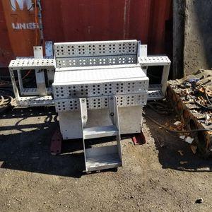 Estribos , Escalera Trasera Y Caja De Baterías Aluminio for Sale in Houston, TX