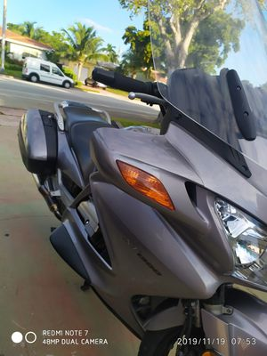 Honda ST 1300, 7500 millas, clear tittle under my name, 2004 for Sale in Miami Beach, FL