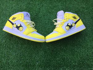 Jordan 1 yellow floral (size7Youth) for Sale in Orlando, FL