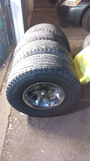Tires wheels 5x5 bolt pattern 31x10.50 15 inch for Sale in Hanover Park, IL