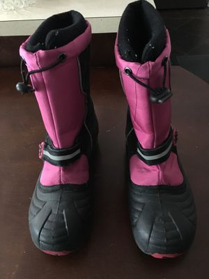 Girls Winter Snow Boots for Sale in Dearborn Heights, MI