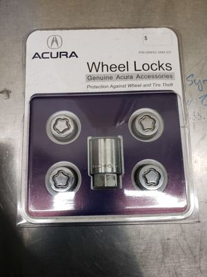 Acura Wheel Lock Set for Sale in Fresno, CA