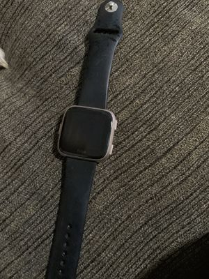 Fitbit versa for Sale in Irwindale, CA