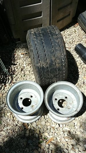 Snowmobile trailer tire and 2 rims for Sale in Hinsdale, IL
