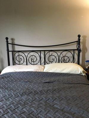 Full size metal bed frame for Sale in Glen Burnie, MD