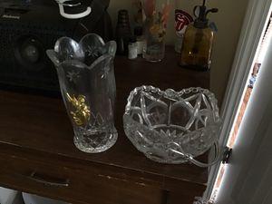 Beautiful crystal basket & flower vase for Sale in Nashville, TN
