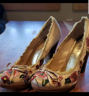 Two Lips Rosarana Flower Heels Sz9 for Sale in Leavenworth, WA