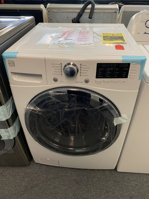 New scratch and dent Kenmore front load washer 1 year warranty for Sale in Saint Pete Beach, FL