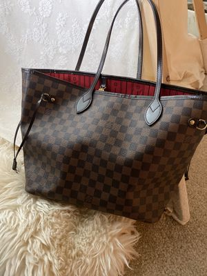 Louis Vuitton neverfull mm authentic for Sale in Wilsonville, OR