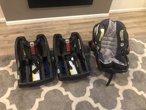 Graco Infant Car Seat Plus Two Bases for Sale in Granite Falls, WA