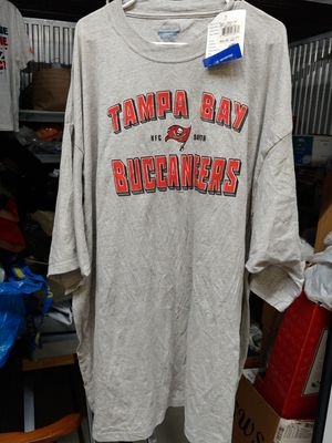 Reebok Tampa Bay Buccaneers t shirt size 4xl for Sale in Tampa, FL