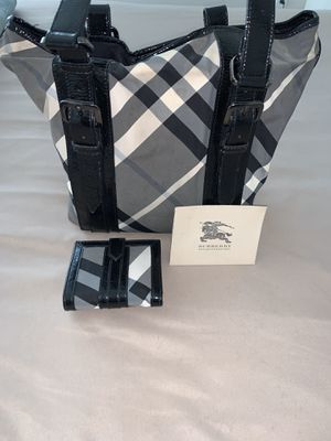Burberry Handbag & Matching Wallet (100% Authentic) for Sale in Burbank, CA