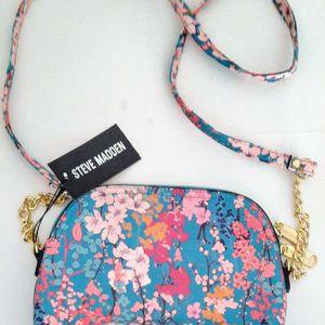 Steve Madden Cross-body handbag - Brand New for Sale in Los Angeles, CA
