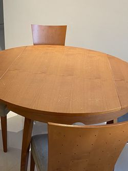 Breakfast Table & Chairs for Sale in Los Angeles,  CA
